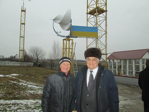 Ваш покорный слуга с А.Ф.Онипко в Украине