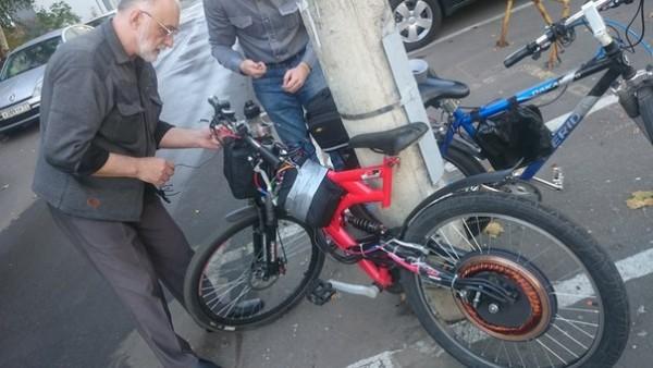 автор на испытании велосипеда